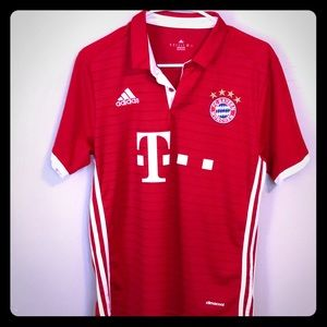 Lewandowski Bayern Munich 2015/2016 Home Jersey